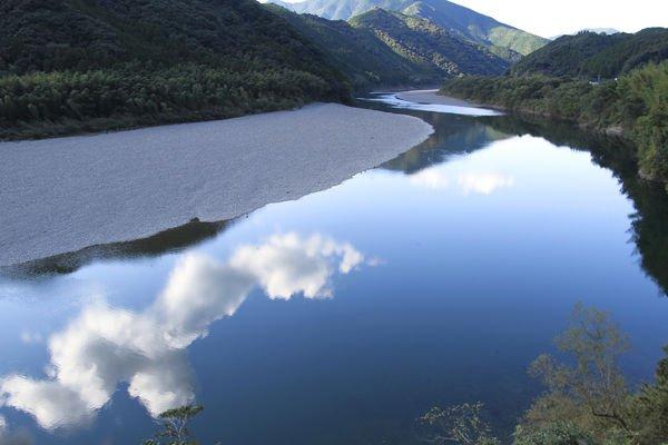 日本最後的清流 四萬十川
